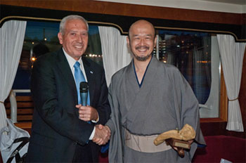"Past Chair, Mr. Shimon Broner ""signs off"" on the traditional gavel to New ICA Chair, Mr. Toshiyuki Zamma."